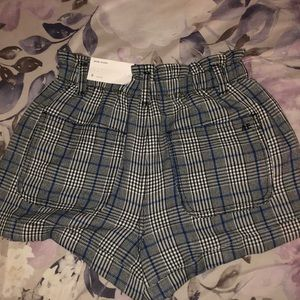 American Eagle Outfitters Shorts - Plaid mom shorts